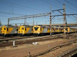 Metrorail trains_wikimedia