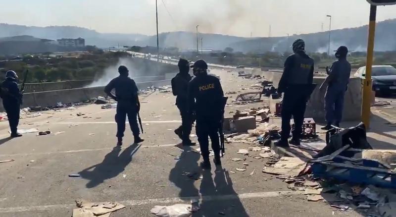 Stun grenades, rubber bullets fired on Queen Nandi Drive