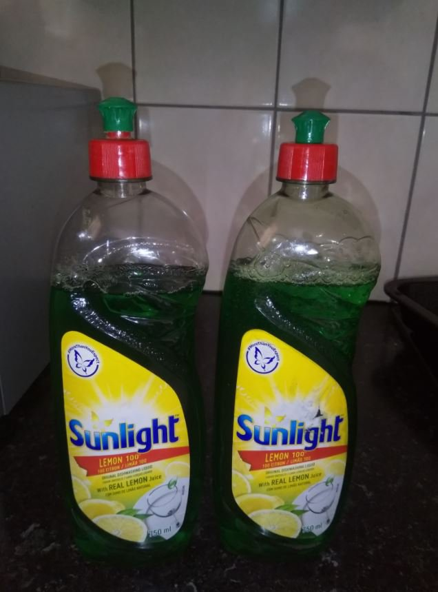A Sunlight dishwashing liquid hack