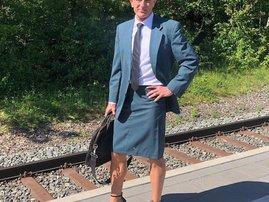 Man who wears skirts