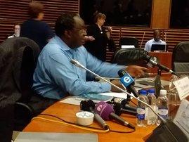 Tito Mboweni moves mid term budget