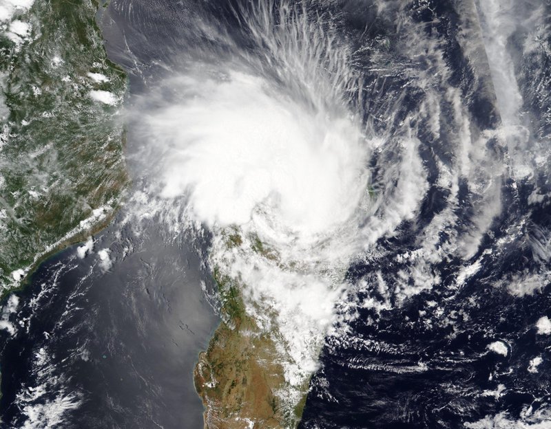250,000 people affected by Cyclone Eloise in Mozambique