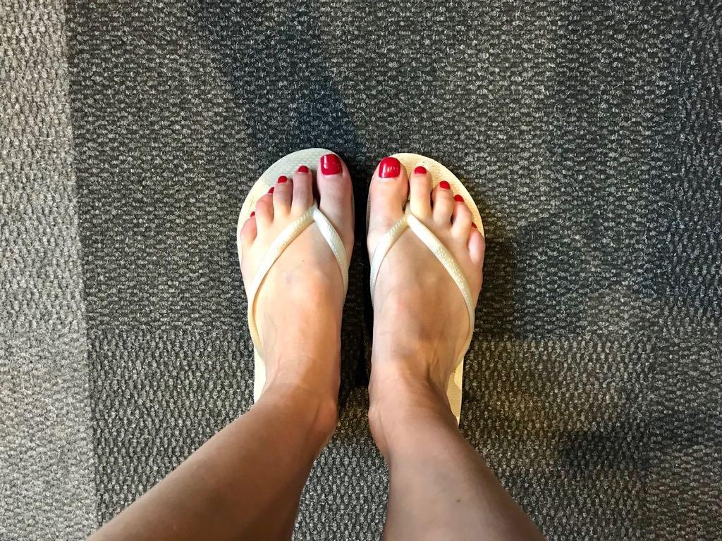 Elma Smit feet