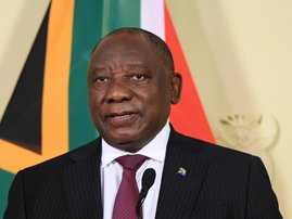 Cyril Ramaphosa with face mask on