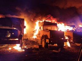 Fire destroys hundreds of SANDF vehicles in Pretoria