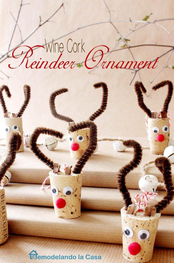 Wine cork reindeers