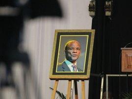 Zola Skweyiya