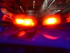 ambulance_night_robmckenzie_XVS5TCH.jpg