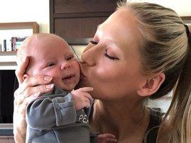 Anna Kournikova twin baby