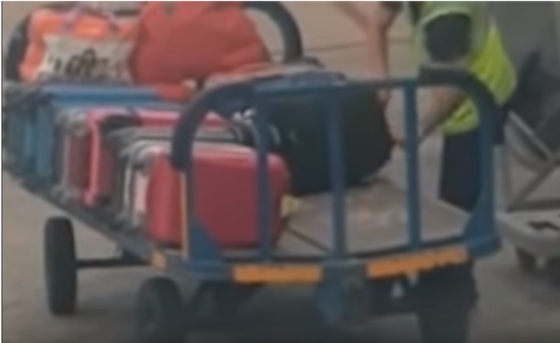 baggage theft at airport