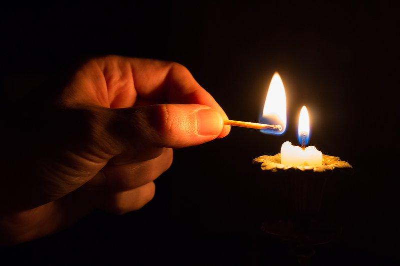 candle / pixabay