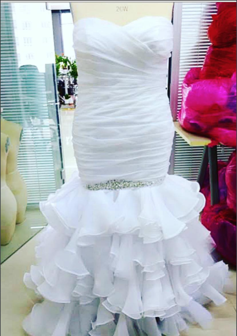 Screenshot of brides wedding dress