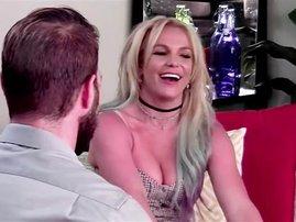 Britney Spears pulls off epic prank on bodyguards