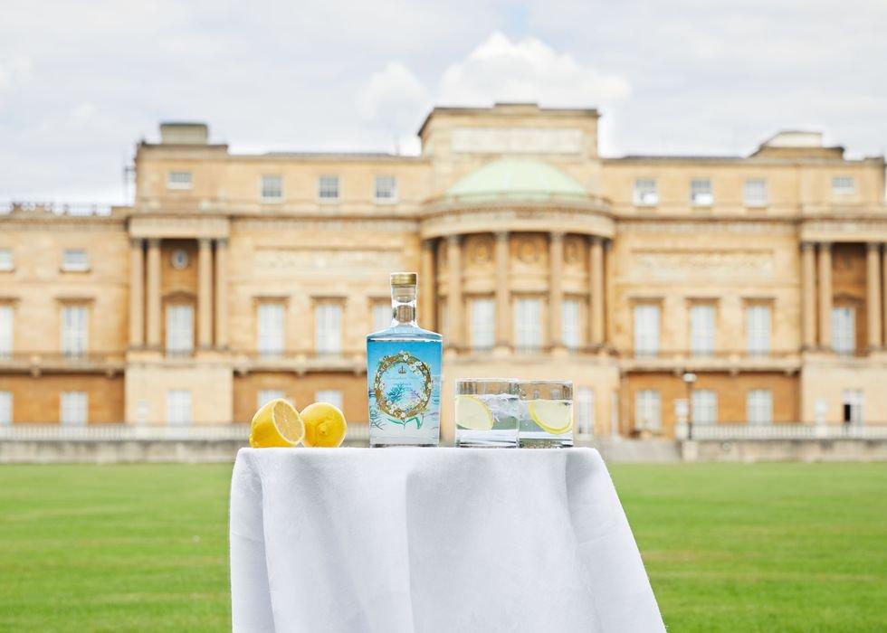 Buckingham palace gin