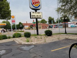 Burger King employees in the USA use an unconventional method to quit their jobs