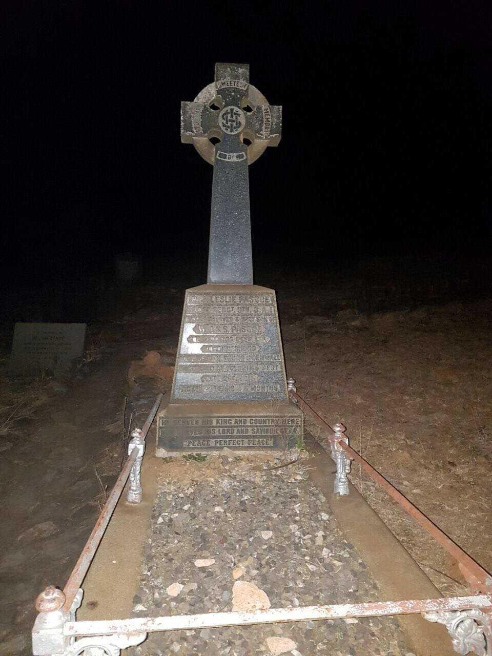 Robbers Grave at Pilgrims Rest