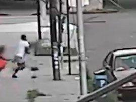 Gang rammed police car