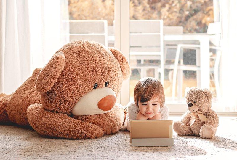 A child watching cartoons