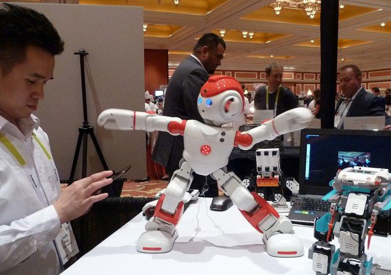 china_techshow_robot
