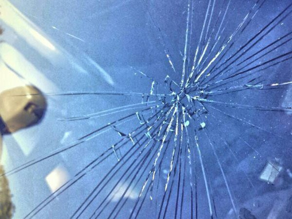 crash_smashed_window_robertmckenzie_gKVFieB.jpg