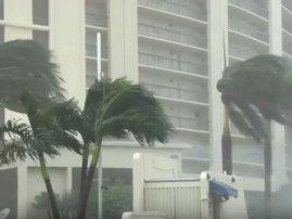 cyclone hits mozam