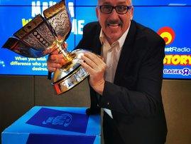 darren with trophy