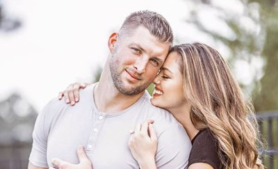 Demi-Leigh Nel-Peters and Tim Tebow share pics from their SA wedding - East Coast Radio