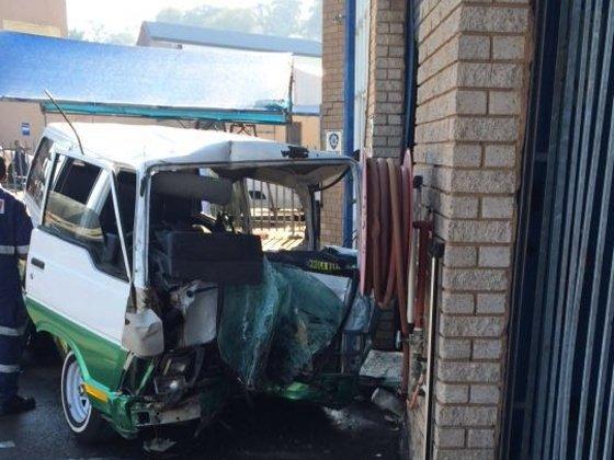 One killed, 13 hurt in Durban North crash