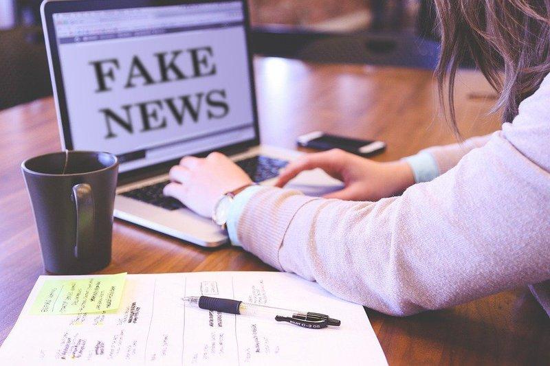 Pixabay fake news