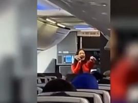 Flight attendant raps her way through instructions