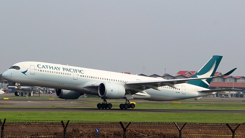 Cathay Pacific A350 B-LRN