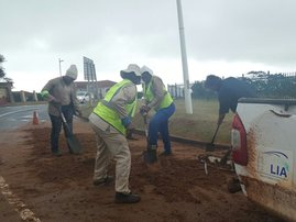 Durban roads clean-up after flooding