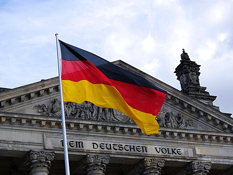 german-flag-pexels.width-800.png