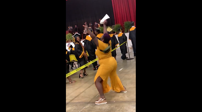 mom twerks at graduation