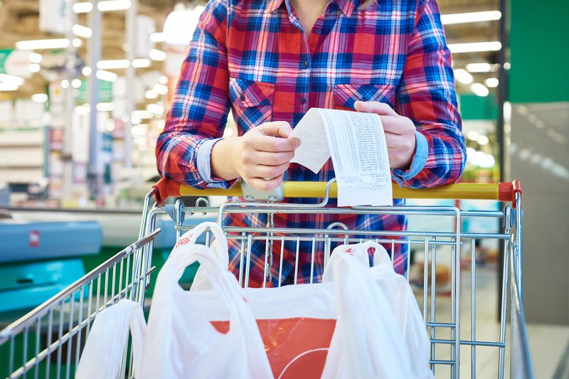 10 ways to save on your grocery bill