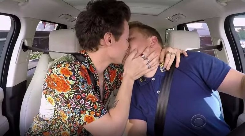 Harry kisses James Corden on the Late Late Show