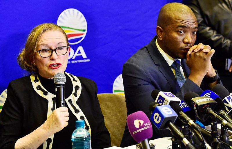 Decision to retain Zille as premier could hurt the DA