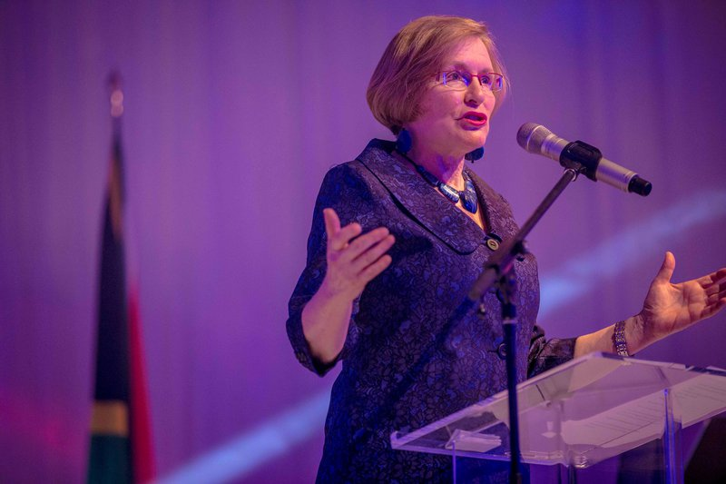 Helen Zille infuriates Twitter after defending colonialism