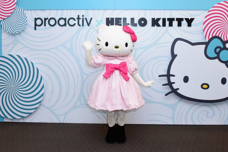 2ab066d76 Hello Kitty hits Hollywood with planned film debut