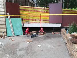 Walkway collapse -  #HöerskoolDriehoek