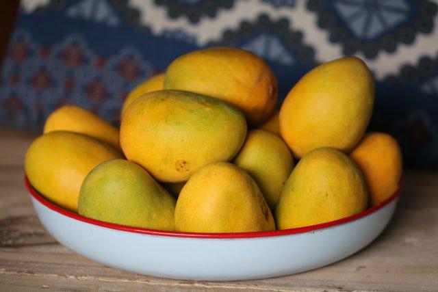 Carol Ofori shares a cool 'Mango Salad Recipe' this Mango Day