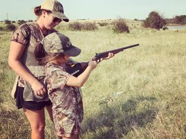 mom and child hunting