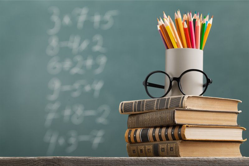 Books on teacher's desk / iStock
