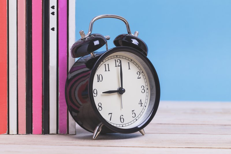 Analogue clock at school / iStock