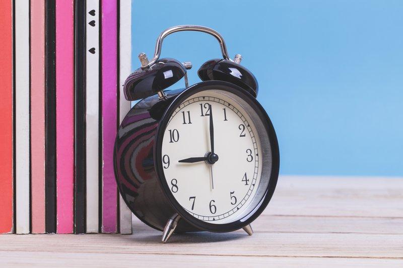 Analogue clock at school / iStock