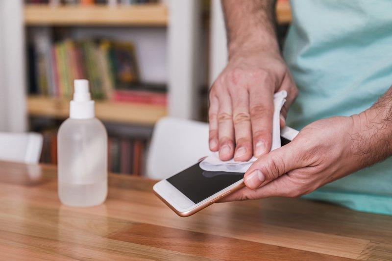 sanitize cellphone