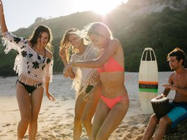 coke - dance at beach fest