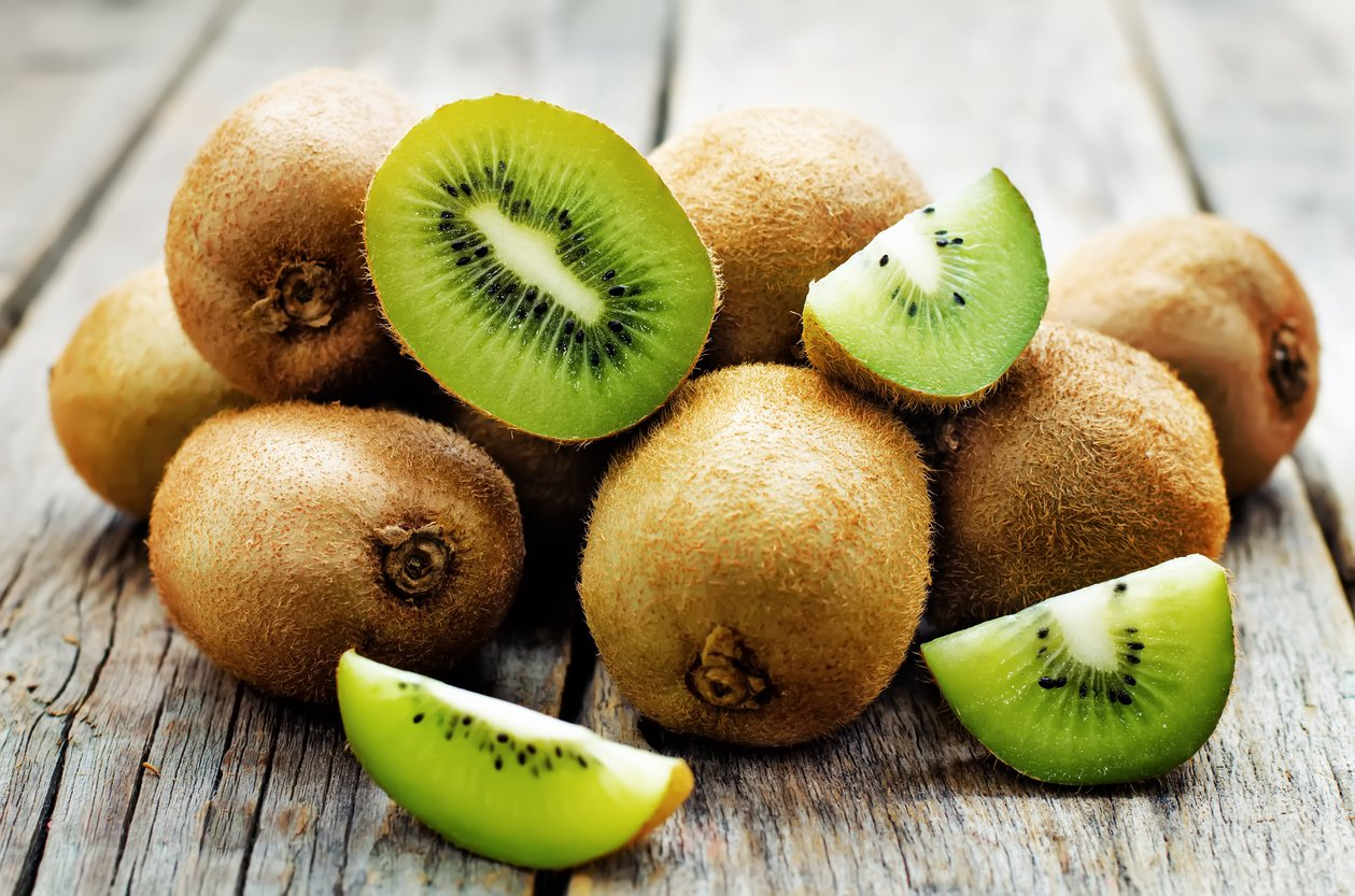 Eat kiwi for healthy skin