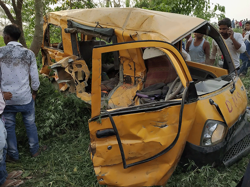 Fatal India bus accident involving children