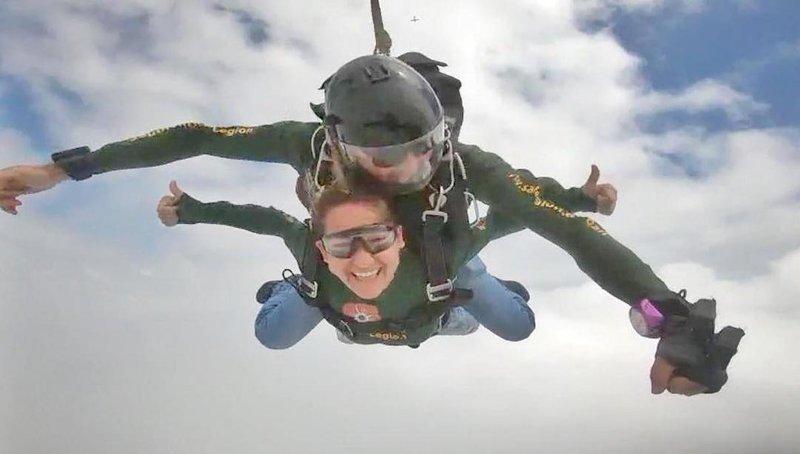 keri sky diving